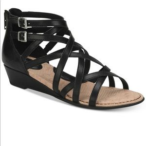 B.o.c. MImi gladiator wedge sandals sz 8